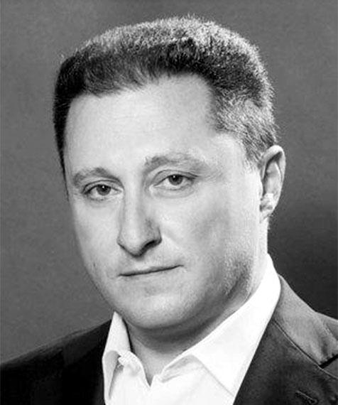 Portrait of Greg Theodosopoulos